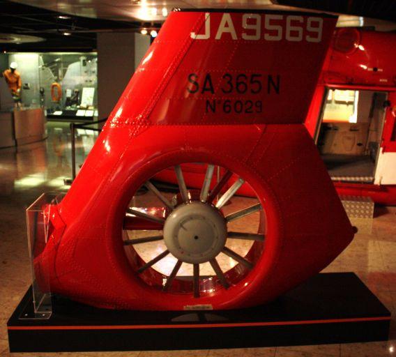 JA9569 fenestron