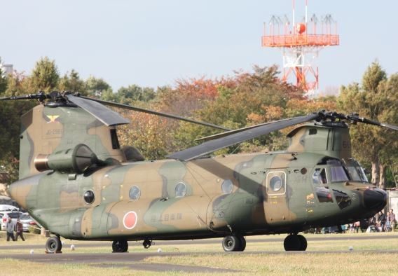 JGSDF 12th AvSqn, 2nd Flight CH-47J