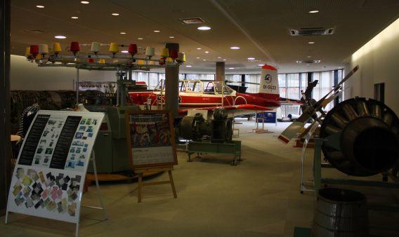 Mitsu Seiki foyer
