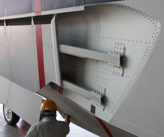 US-2 detail1