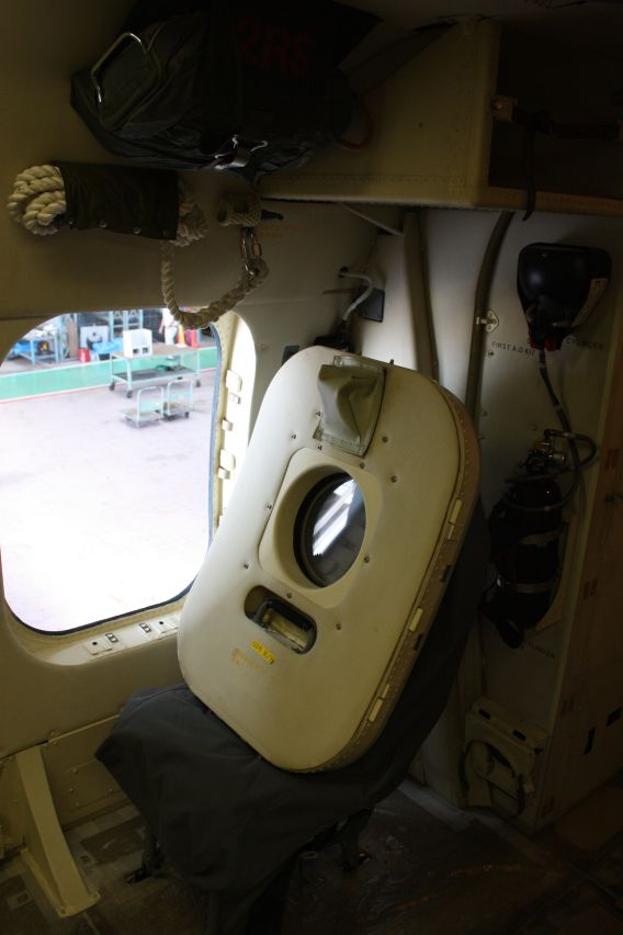 US-2 sidehatch