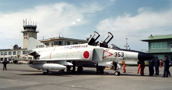 First F-4EJKai Nyutabaru