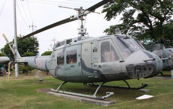 UH-1H Kita-Utsunomiya gate