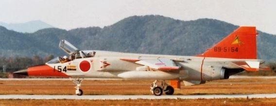 22 Sqn JASDF T-2
