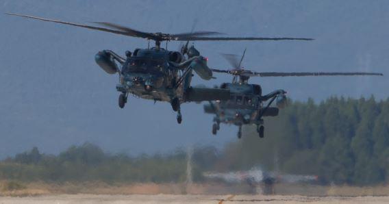 UH-60 JASDF (1) x2crs