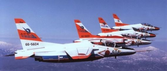 APW T-4 trainers